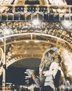 Картины по номерам Поцілунок біля Ейфелевої вежі