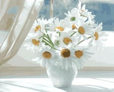Картины по номерам Ромашки в белой вазе на окне